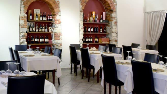 Sala del ristorante - Osteria in Besozzo