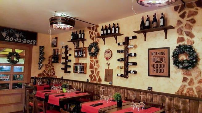Vista sala - Wine Hot Bistrò DiVino