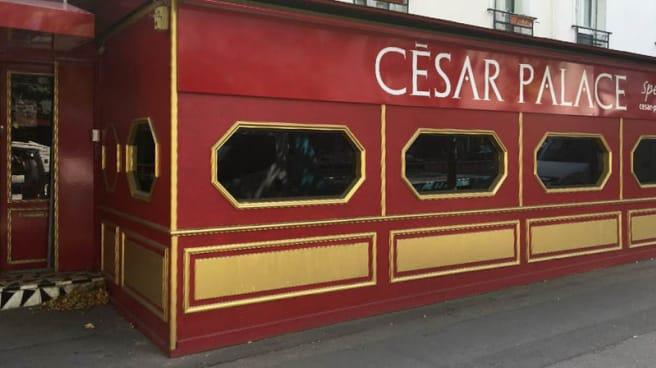 Façade - Oh ! Cesar, Paris