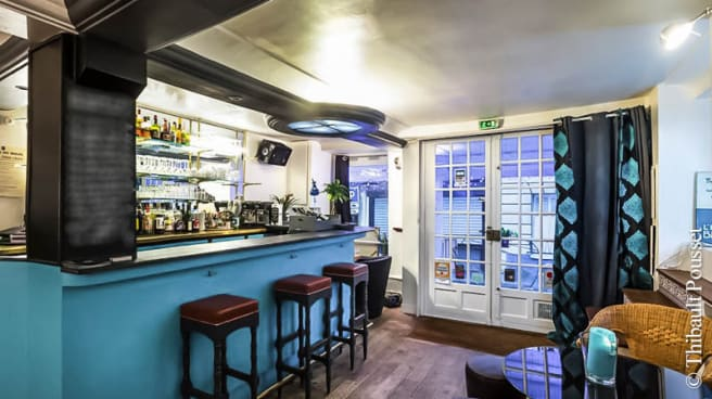 vue de salle - L'Heure Bleue, Paris