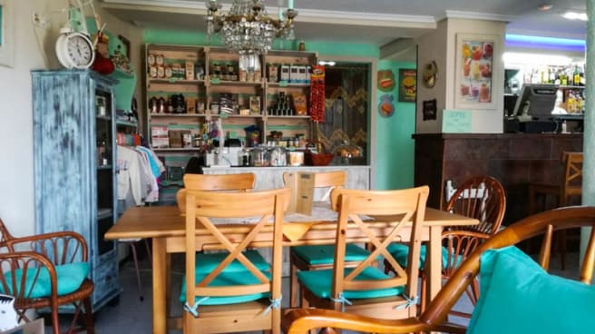 Vista de la sala - Bar Caleya Indi