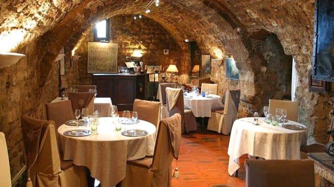 Vue de la salle - Hôtel Restaurant Le Logis du Guetteur, Les Arcs