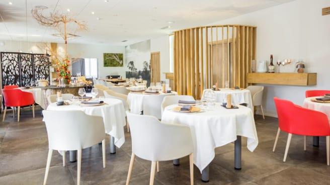 Salle du restaurant - Restaurant Hôtel de France