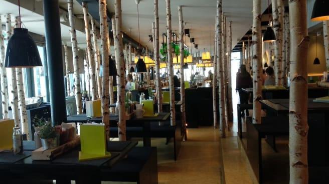 Photo 4 - HANS IM GLÜCK Burgergrill & Bar - Leipzig AUGUSTUSPLATZ, Leipzig