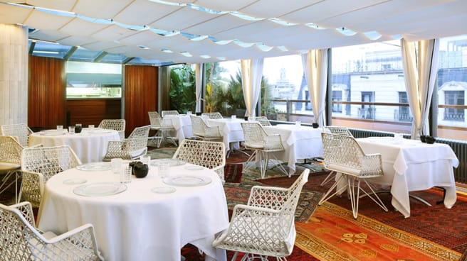 Restaurante - La Terraza del Claris - Hotel Claris, Barcelona