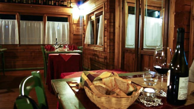 La sala - Girodibacco, Barberino Di Mugello