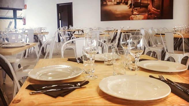 Sala del restaurant - Muelle Cero, Coslada