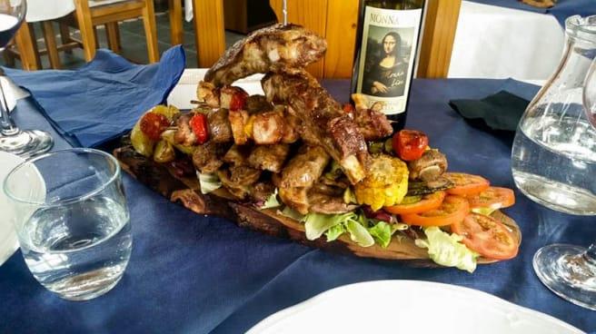Grigliata di carne - Tuscany Village