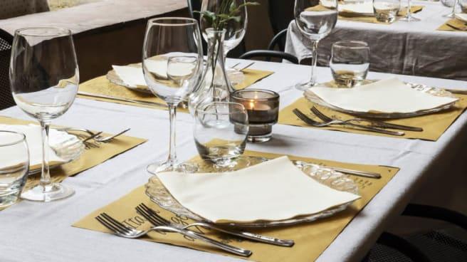 Tavolo - Al Chiostro della Ghiara, Reggio Emilia