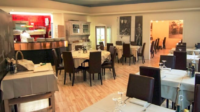 Veduta dell interno - La Taverna
