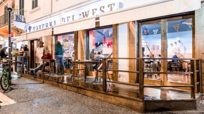 esterno - La Taverna del West, Rome