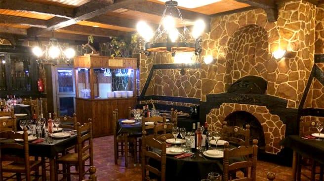 Sala - El Rincón del Vino y la Fondue, Guardamar Del Segura