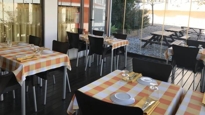 Esplanada - Pikas - Pizzeria, Tapas & Petiscos, Cascais