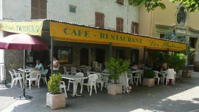Restaurant - Les Platanes