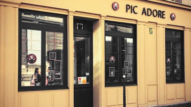 Façade - Pic Adore, Reims