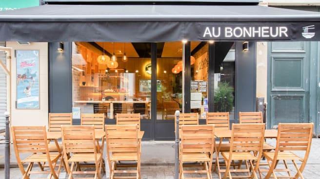 Façade - Au Bonheur, Paris