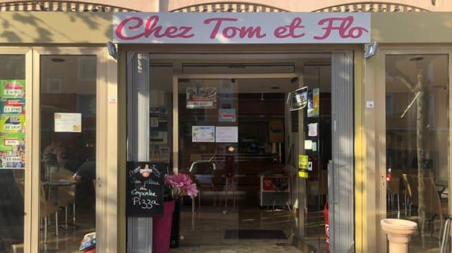 Façade - Chez Tom et Flo