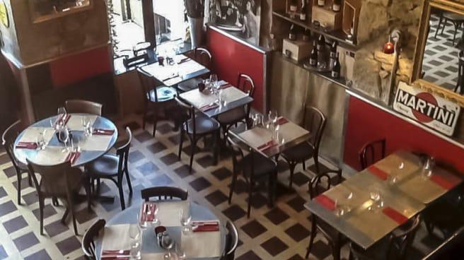 vue de la salle - Cafe de Lyon
