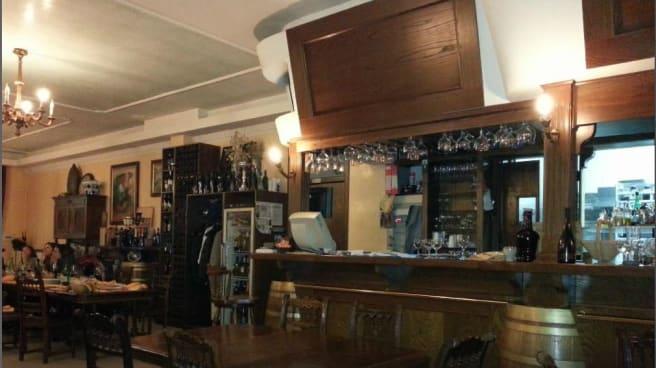 interno e bancone - Taverna Rock, Atripalda