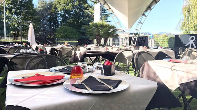 Particolare tavolo - Steak Restaurant