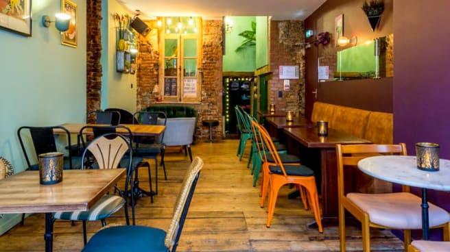 Vue de la salle - Café Peacock Lille, Lille