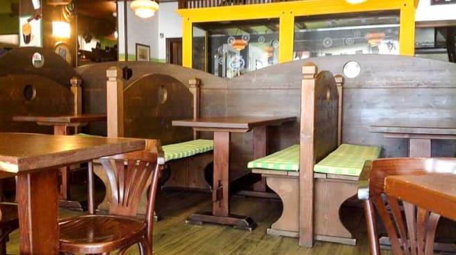 Vista sala - The Celtic Pub, Mestre