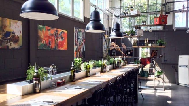 Sala del ristorante - Loft Pizza & Grill, Milan