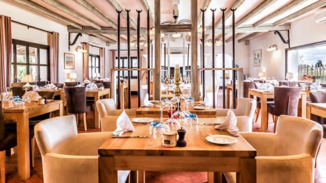 Salon du restaurant - Le Pont des Bannes, Saintes-Maries-de-la-Mer