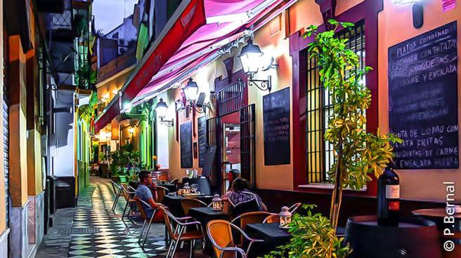 Vista exterior - Peko Peko Tapas, Sevilla
