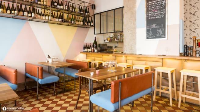 Salle du restaurant - Bones and Bottles, Lyon