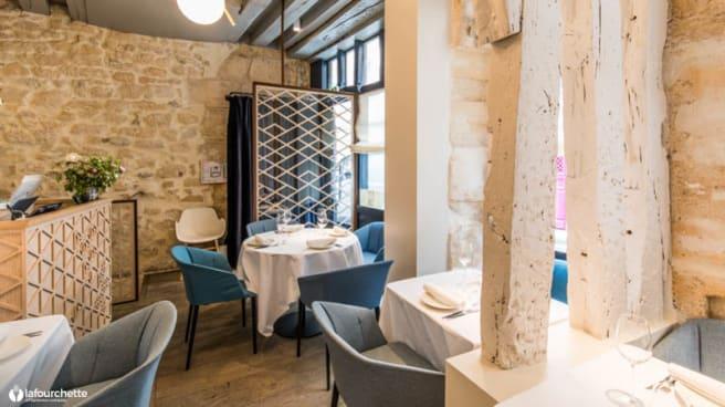 Salle - Yoshinori Restaurant, Paris
