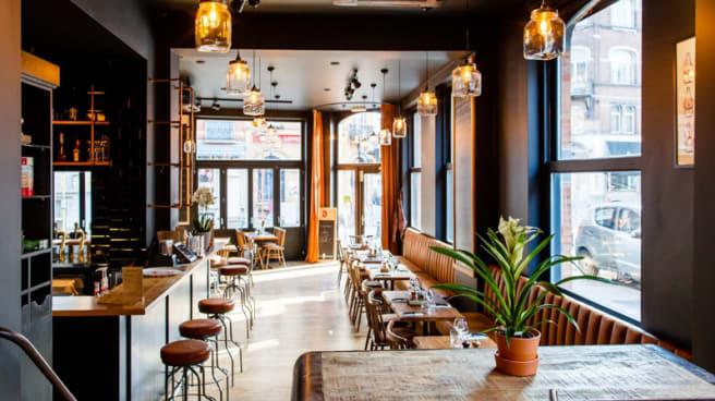Vue de la salle - Edith Café Belge, Uccle