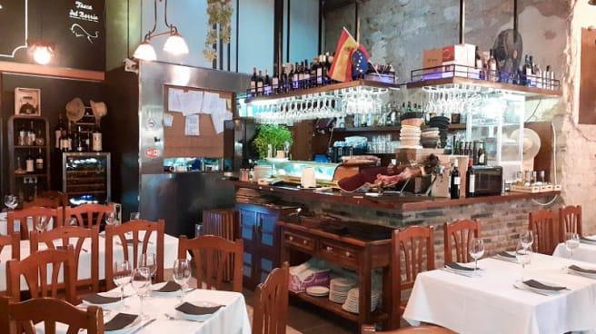 Sala - La tasca del barrio, Alicante (Alacant)