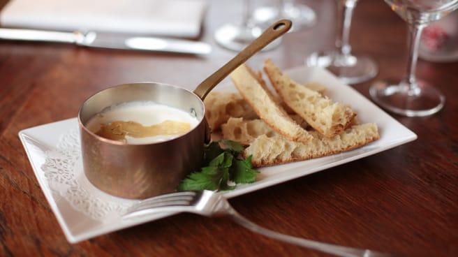 Oeuf cocotte au foie gras maison - Les Portes, Paris