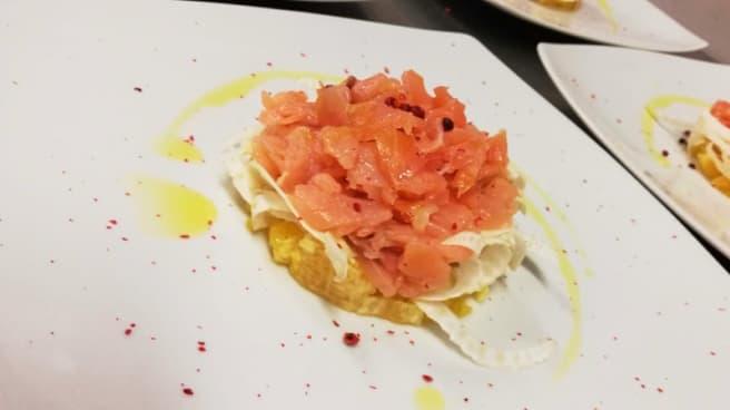 Tartare di salmone con carpaccio di finocchi e arance - Ristorante da Nirja, Bergamo