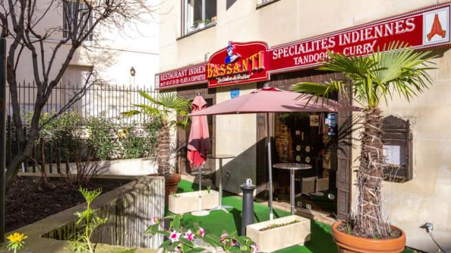 Entrée - Bassanti, Paris