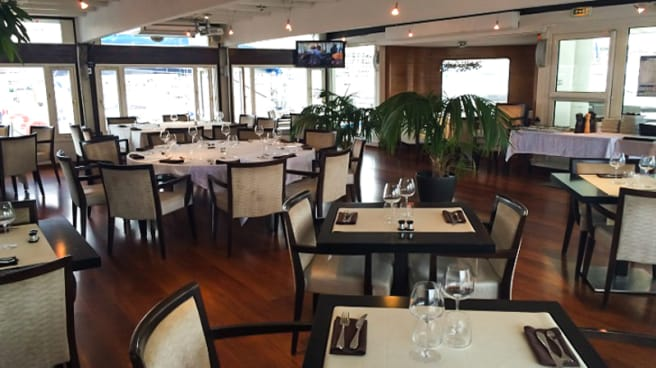 Vue de la salle - O'2 Pointus - Restaurant du CNTL, Marseille