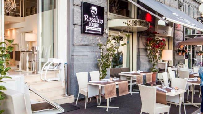 Entrata - Rosolino Corner, Napoli