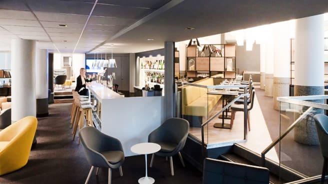 Vue de la sallle - N'Café, Le Chesnay
