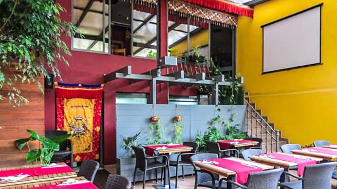 Vista do interior - Os Tibetanos, Lisboa