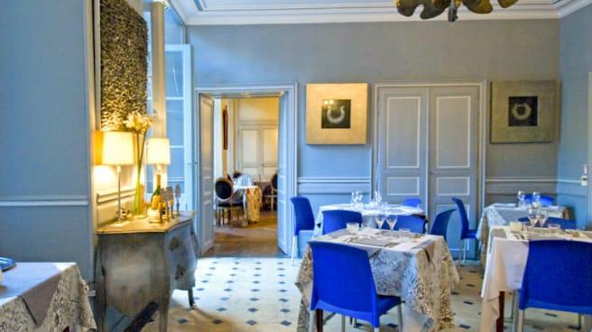 Salle du restaurant Le Petit Manoir - Le Petit Manoir, Sarlat-la-Canéda