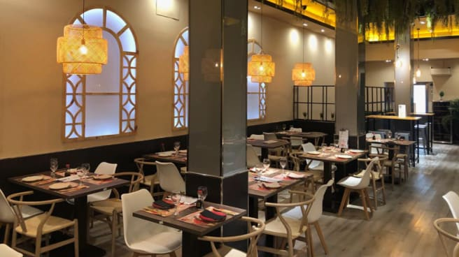 Sala del restaurante - Asian, Madrid