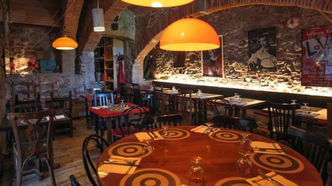 La sala - La Vedette, Girona