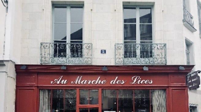 Devanture - Au Marche des Lices, Rennes