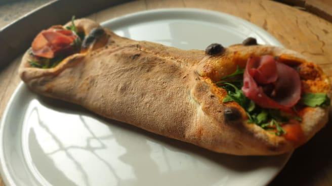 pizza avvolta - Antica Locanda Visconti