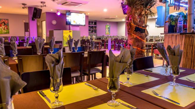 Salle du restaurant - Ilha Tropical, Saint-Maur-des-Fossés