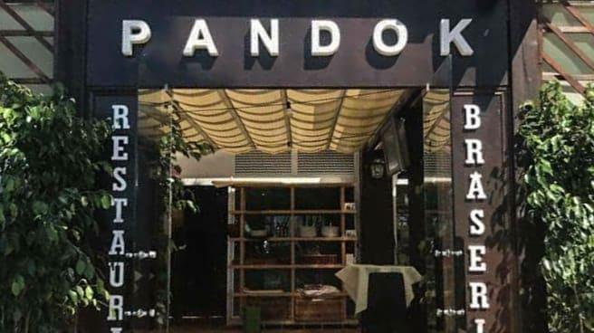 Entrada - Pandok, Badalona