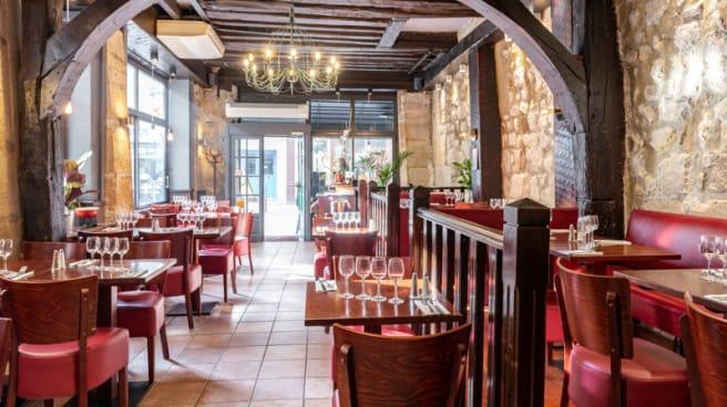 Salle du restaurant - Auberge du Louvre, Paris
