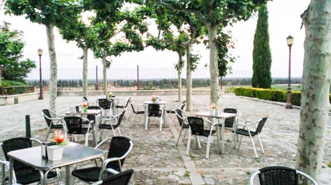 Vista terraza - La Ceaza