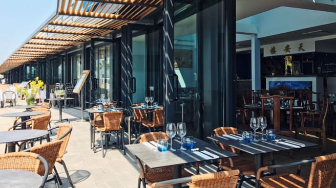 La (nouvelle !) terrasse du Lotus Bleu - Le Lotus Bleu, Saint-Laurent-du-Var